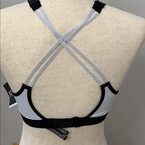 Victoria's Secret Intimates & Sleepwear - 3 DAY SALE! Victoria Secret Sport Bra